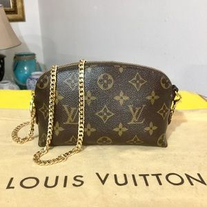 Louis Vuitton Cosmetic Pouch 👝 Shoulder Bag 💼